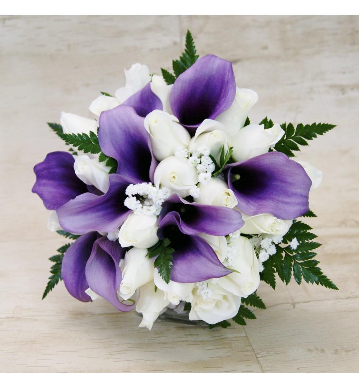 Ramo De Novia Con Calas Moradas Lila Y Rosas Blancas - Imagenes-de-ramos-de-rosas-blancas