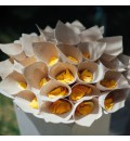 Conos para pétalos y arroz de yute y encaje beige