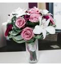 Ramo de novia preservado con calas, rosas y orquídeas