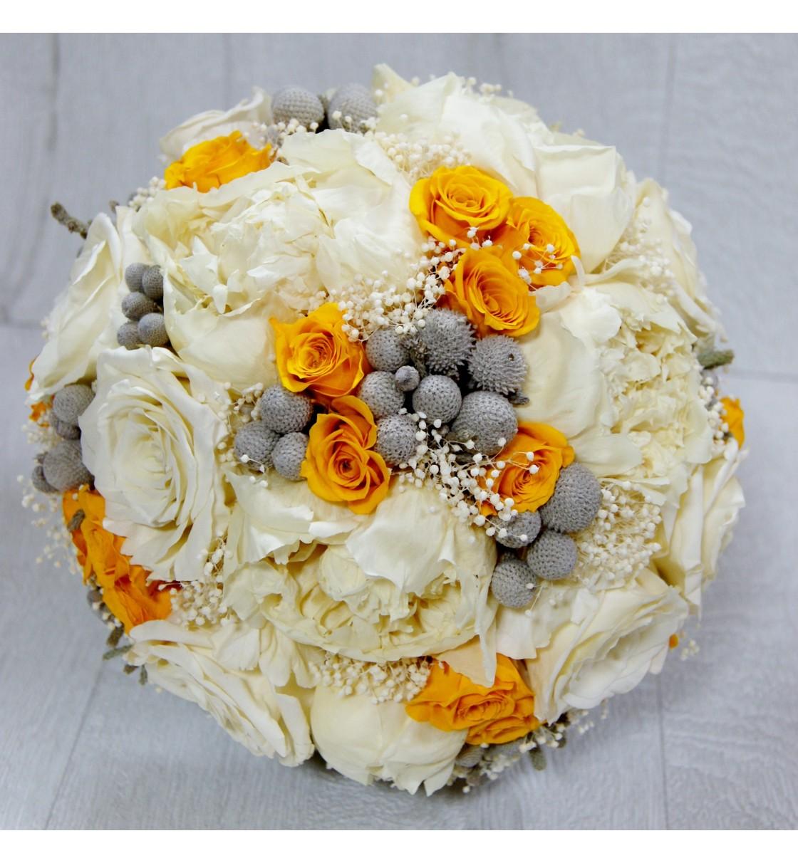 Ramo de novia preservado con peonia y rosas