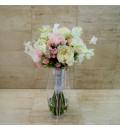 Ramo de novia con rosa inglesa blanca y rosa y dendrobium
