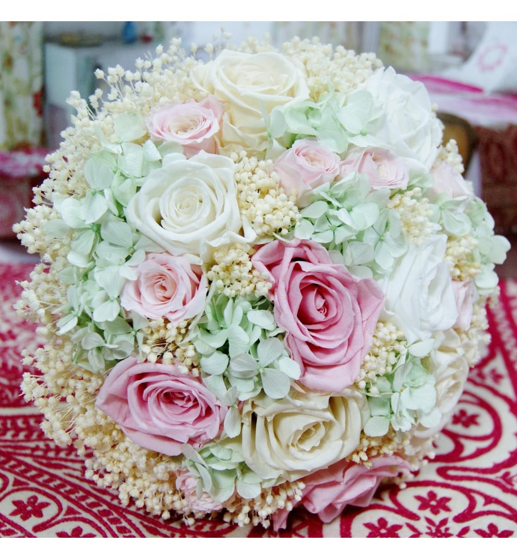 Ramo de novia preservado con hortensia y rosas