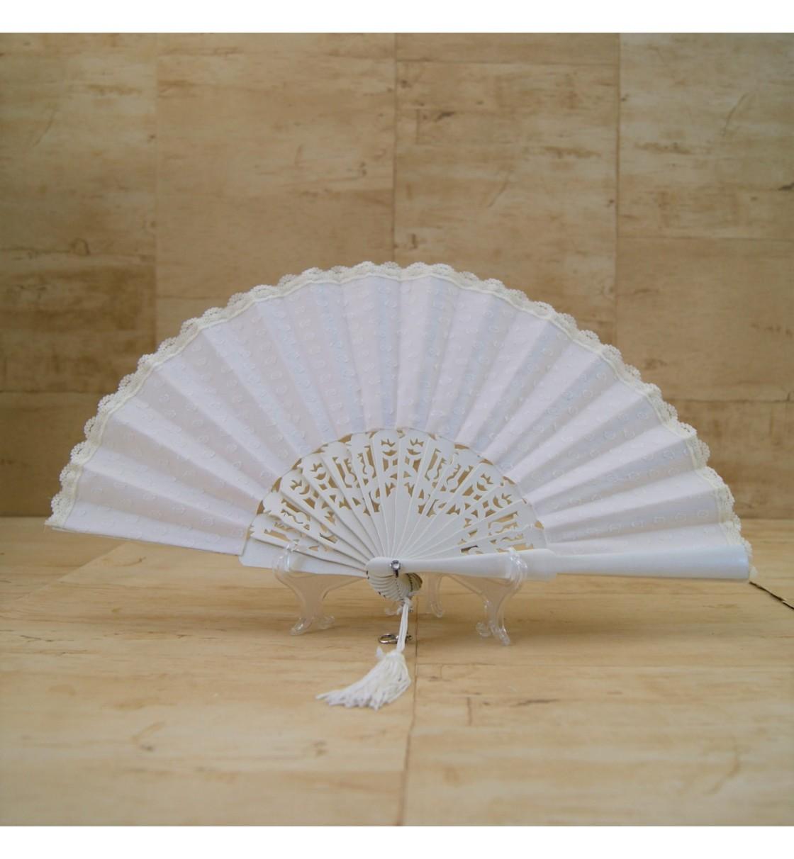 Abanico para novia con encaje blanco