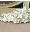 Tocado de novia de flores de porcelana fría blancas