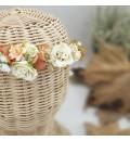 Corona comunión flor de tela y paniculata preservada